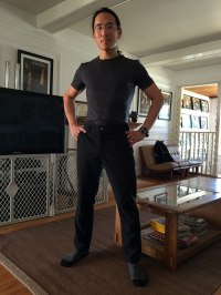 Showcasing the Icebreaker Anatomica t-shirt and Bluff Pants combo of my minimalist uniform project.